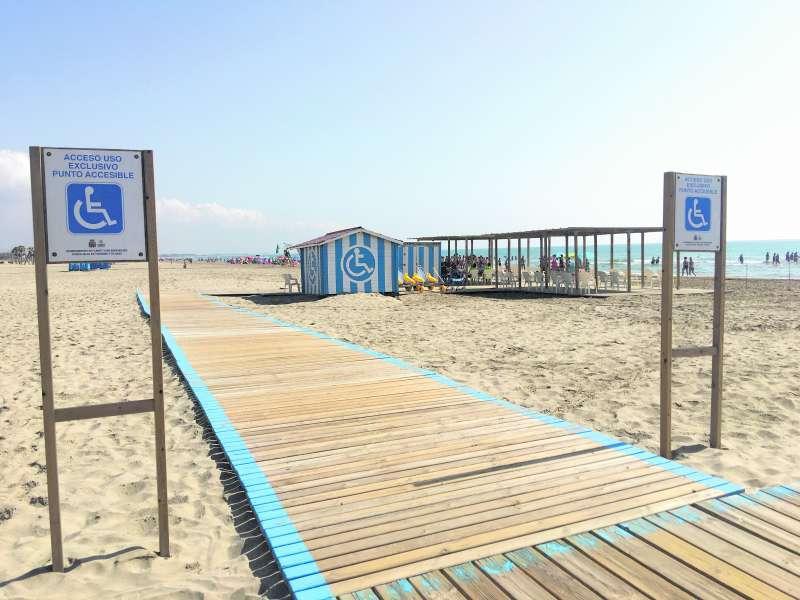 Punto accesible de la playa de Canet. EPDA