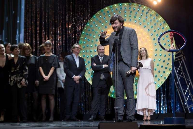 El director Carlos Marqués-Marcet durante la entrega de los XII Premis Gaudí que concede la Academia del Cine Catalán. EFE/Marta Pérez