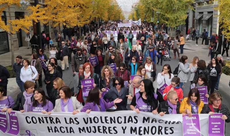 Manifestaci�n de condena de las violencias machistas. EFE