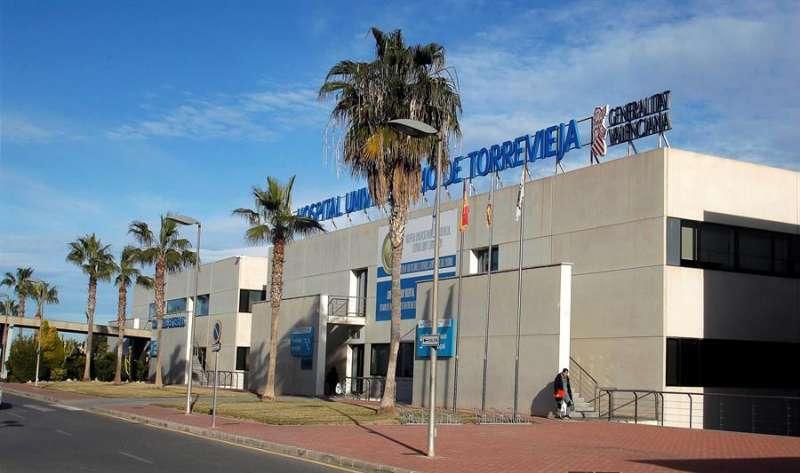 El Hospital de Torrevieja (Alicante) en una imagen de archivo. EFE