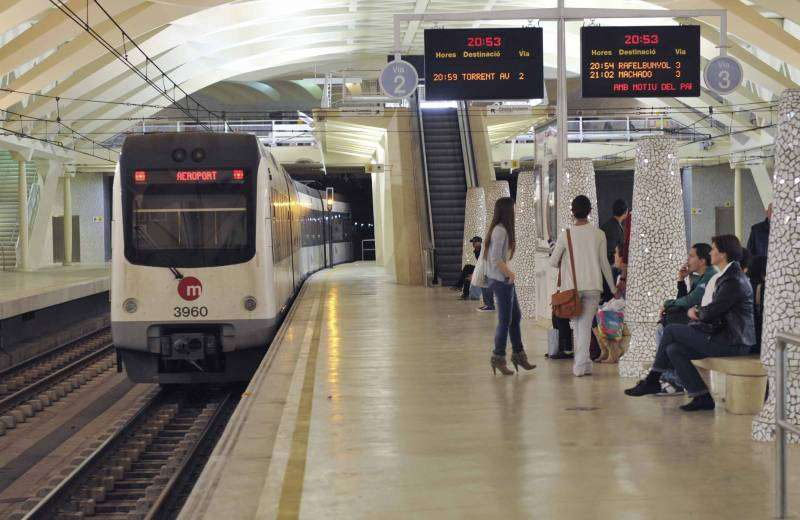 Imagen de archivo de una parada de Metrovalencia.