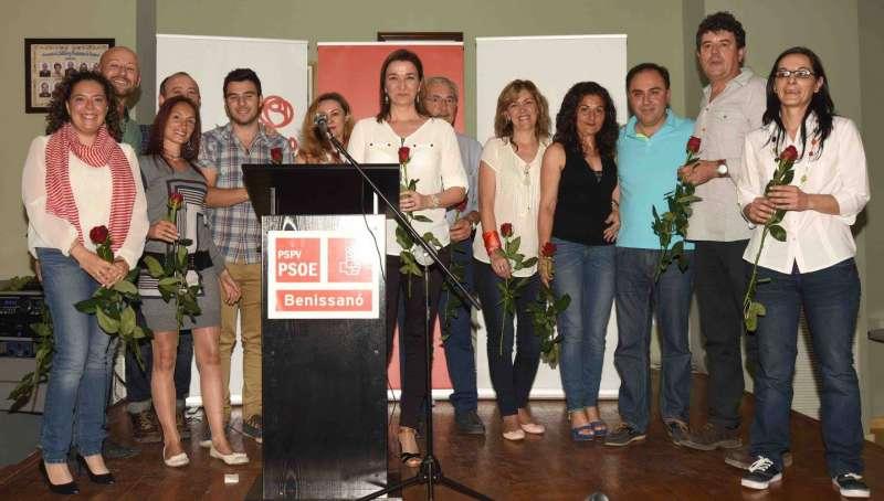 Miembros del PSPV de Benissanó. //GONZALO DEVAL
