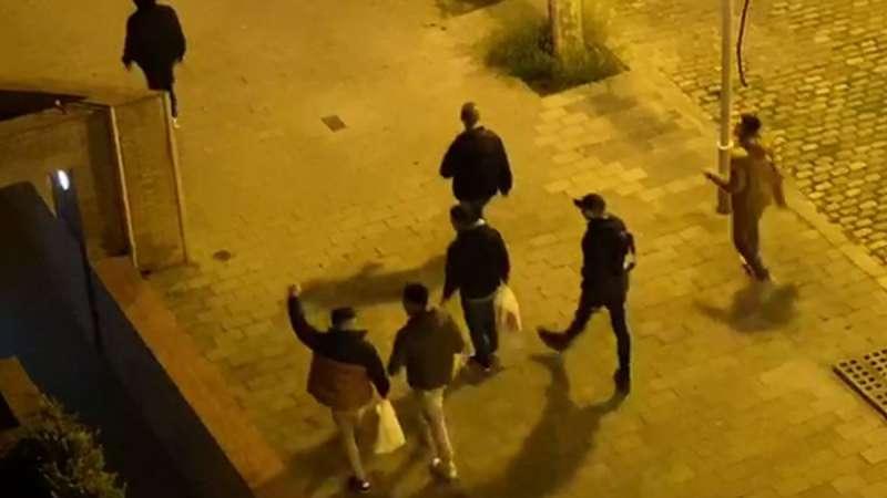 Jóvenes de fiesta en una imagen de archivo. EPDA