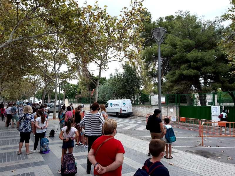 Primer día de la vuelta a las clases en Xirivella./ EPDA