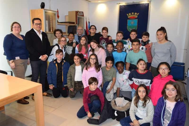 Alumnes del col·legi Sant Clement de 6ºB amb l