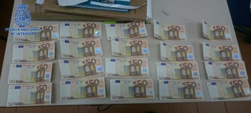 Billetes falsos interceptados por la Policía Nacional. Imagen de archivo / EPDA