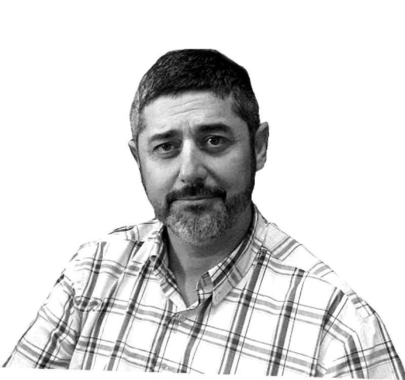 Manuel González.