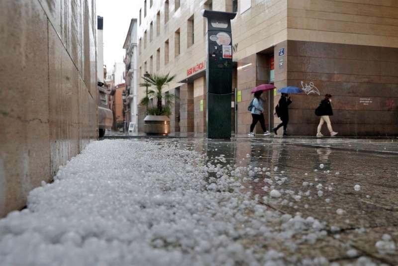 Granizo caído durante una tormenta en Valencia.
