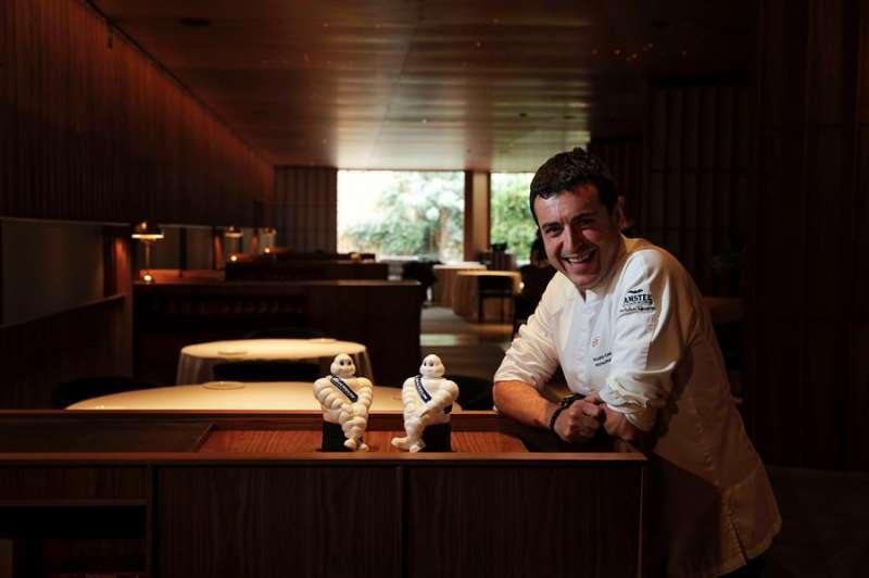 El cocinero Ricard Camarena en uno de sus restaurantes. EFE