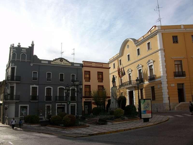 Plaza del Ayuntamiento de Oliva