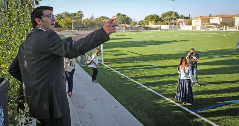 El president de la Diputació, Jorge Rodríguez, visita unes instalacions esportives