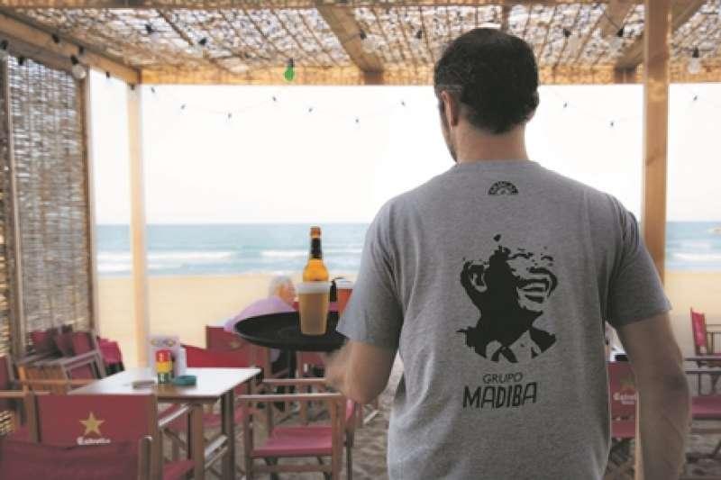 Chiringuito Madiba en la playa del Puig. EPDA
