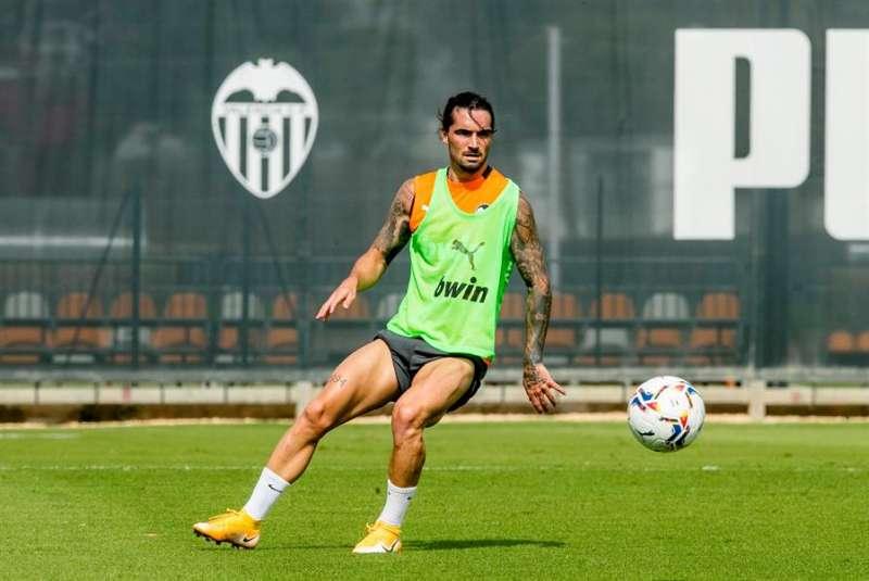 El extremo del Valencia Jason durante un entrenamiento. Foto cedida por el Valencia CF.