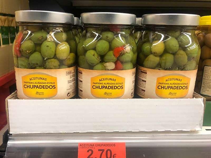 Aceitunas Chupadedos en el lineal de un supermercado de Mercadona. EPDA