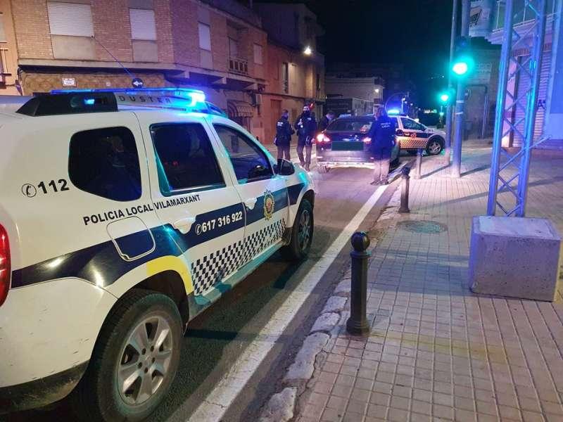 Control policial en Vilamarxant. / EPDA