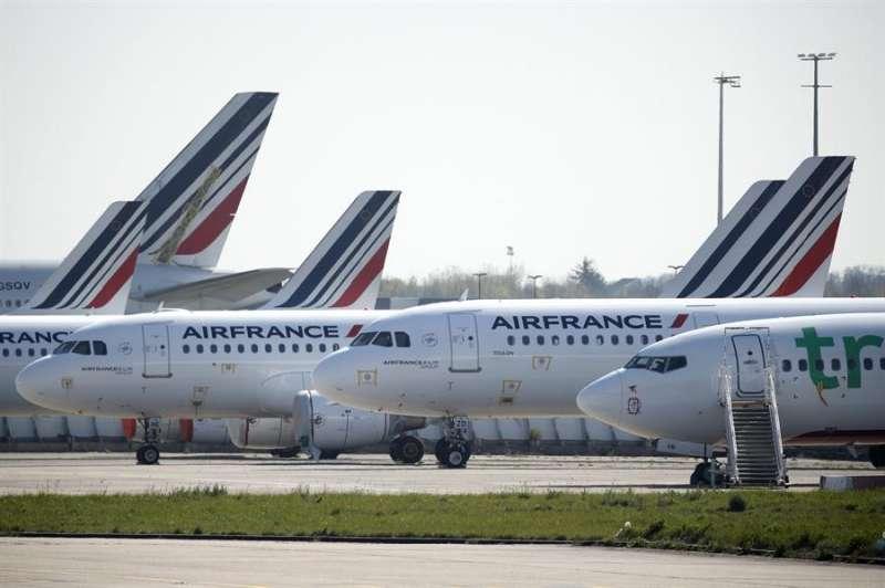 Aeronaves de Air France.EFE/EPA/YOAN VALAT/Archivo