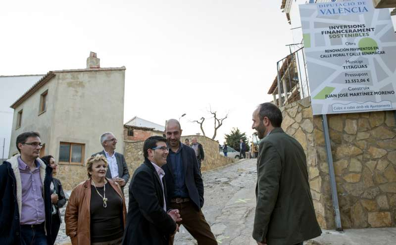 Visita del President de la Diputació a Titagües.
