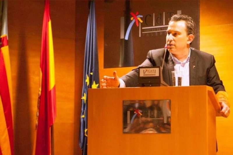 Víctor Pérez, presidente de FOTUR
