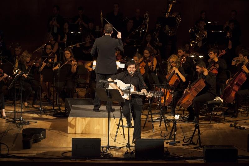 Pau Alabajos, en concierto