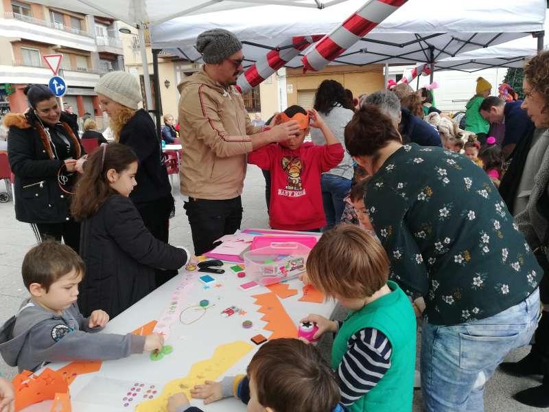 Tallers i jocs dirigits als xiquets i xiquetes de Sedaví. EPDA