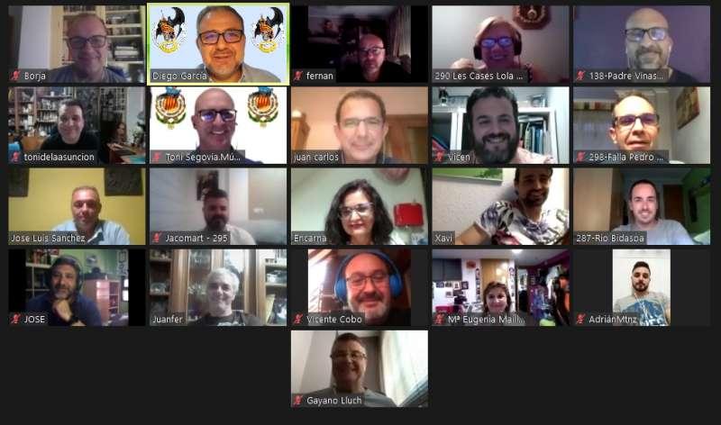 Videoconferencia con los 20 presidentes. EPDA