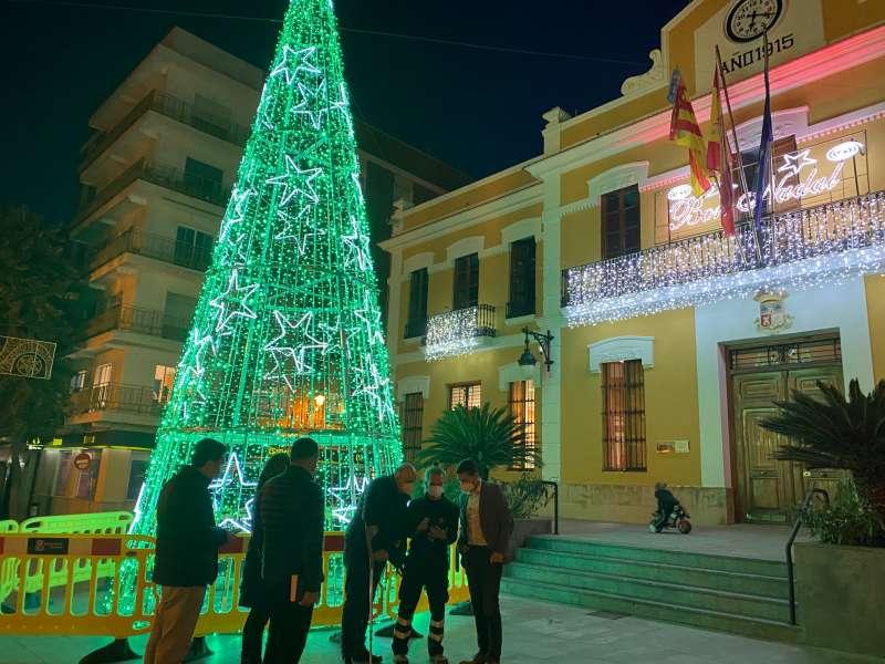 Árbol de Navidad en Burjassot. EPDA