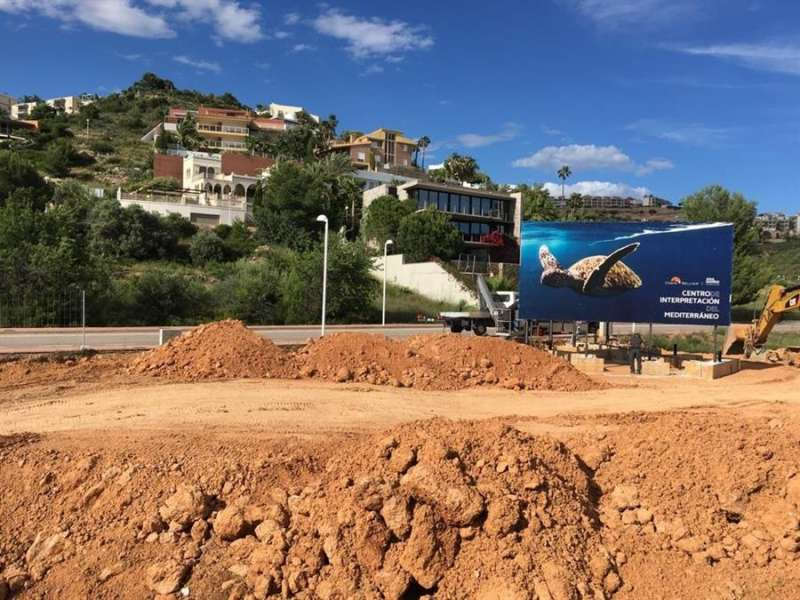 Una imagen de los terrenos que albergarán el Centro Marino de Oropesa, facilitada por los promotores. EFE