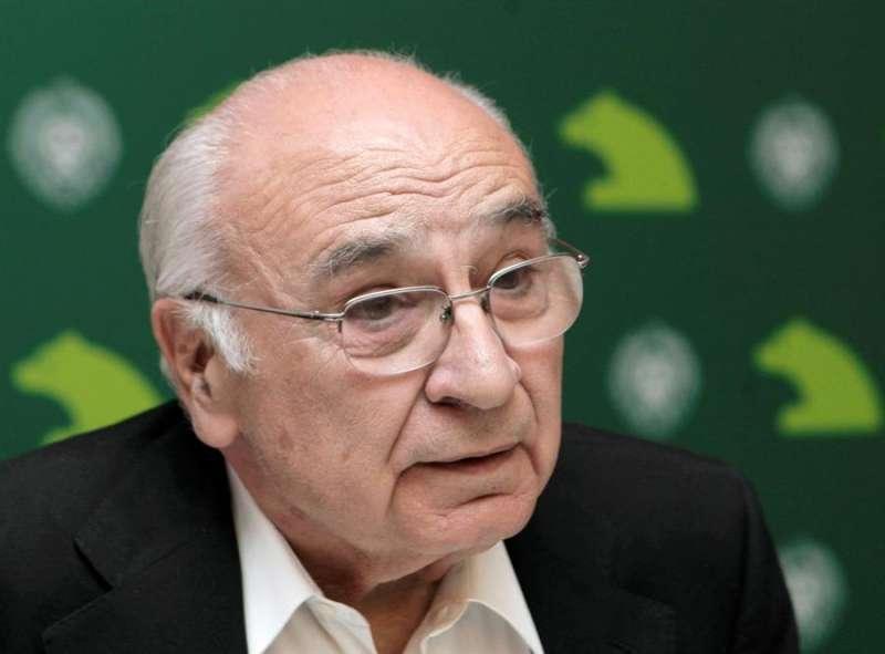 El escritor valenciano Francisco Brines. EFE/Archivo Emilio Naranjo