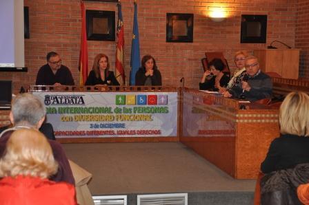 La alcaldesa de Aldaia inuagura las Jornadas con motivo del Día Internacional de las Personas con Diversidad Funcional. EPDA