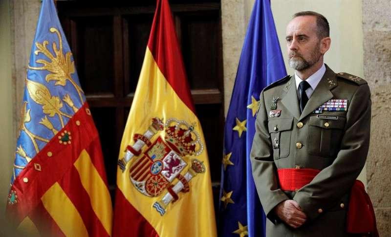 El teniente general Fernando García-Vaquero durante su toma de posesión como jefe del Cuartel General Terrestres de Alta Disponibilidad. EFE