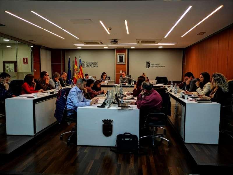 Pleno del Ayuntamiento de Riba-roja. / EPDA