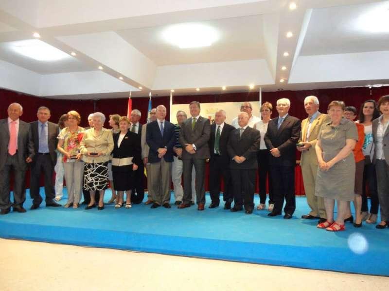 Entrega distinciones Ayuntamiento Casinos, 15 de Mayo de 2014. / Archivo JSMS