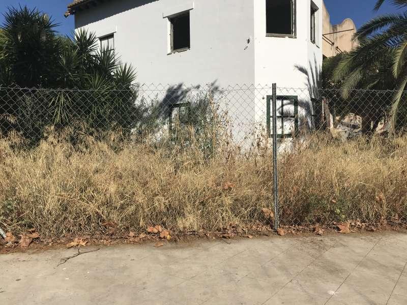 Iniciativa Porteña denuncia el abandono del recinto.