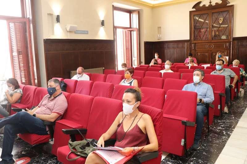 Imagen de algunos concejales en el último pleno municipal de Sagunt.