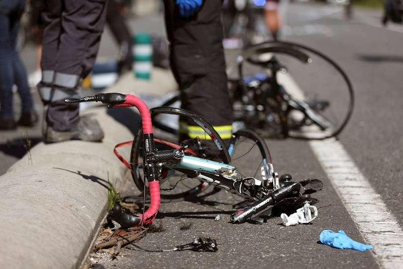 Imagen de archivo de una bicicleta accidentada. EFE/Archivo