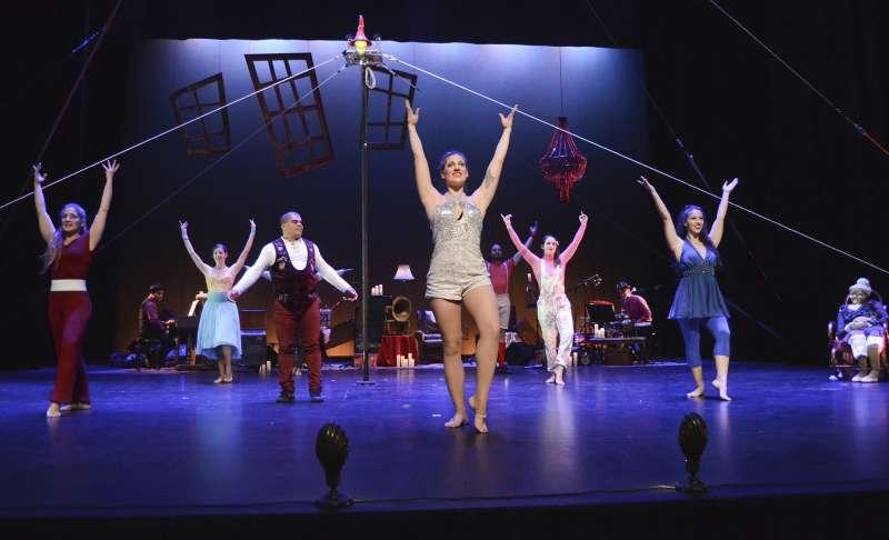 Imagen de una actuación del circo.