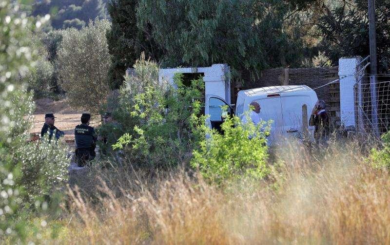 La Guardia Civil, en la zona en la que fueron encontrados los menores. EFE/Archivo