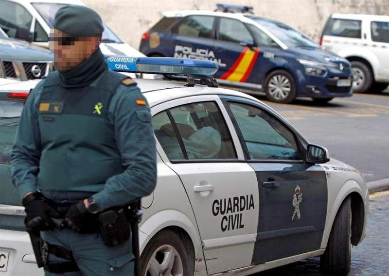 Imagen de archivo de un agente de la Guardia Civil .EFE/ Morell