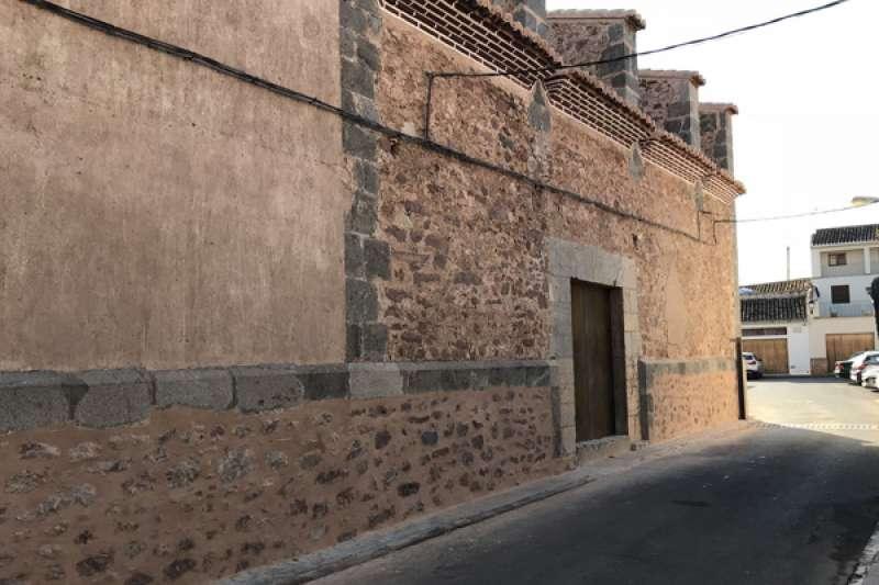 Puerta Santa de la parroquia de Benavites. EPDA