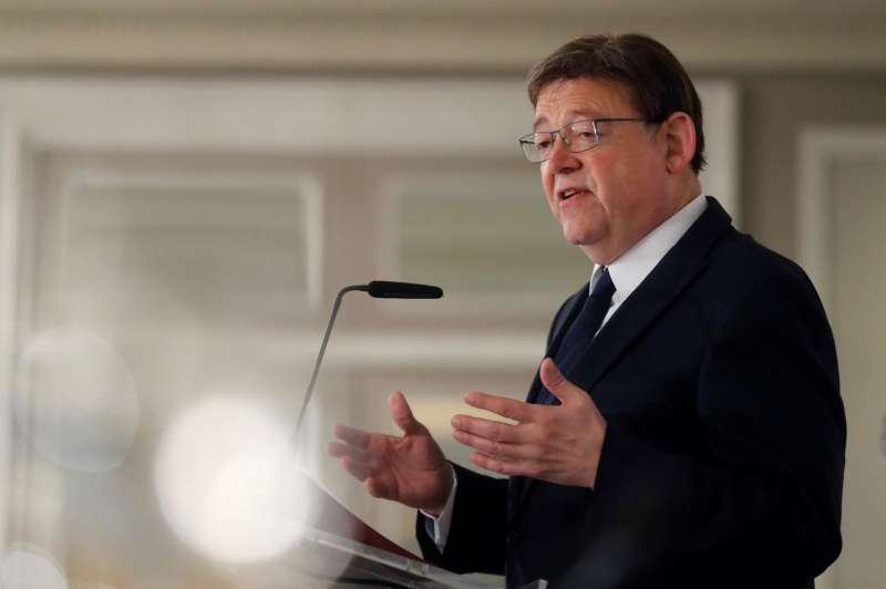 Imagen de archivo del presidente de la Generalitat Valenciana, Ximo Puig, durante una intervención. EFE