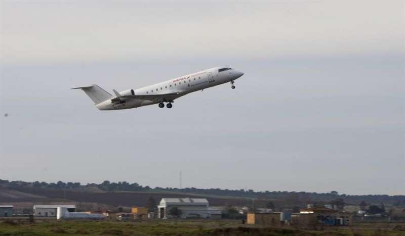 Vista de un avión de Air Nostrum. EFE