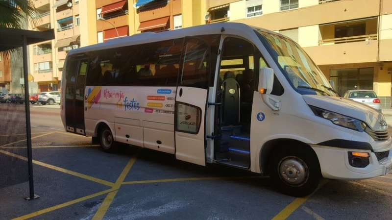 Autobús Riba-Roja. / EPDA