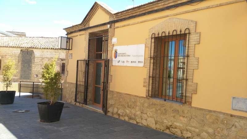 Fachada lateral de ADL de Riba-Roja. / EPDA