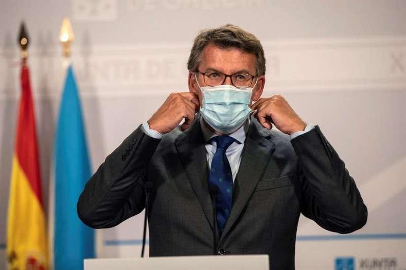 El presidente de la Xunta de Galicia, Alberto Nuñez Feijóo, durante la rueda de prensa de este miércoles. EFE/Óscar Corral