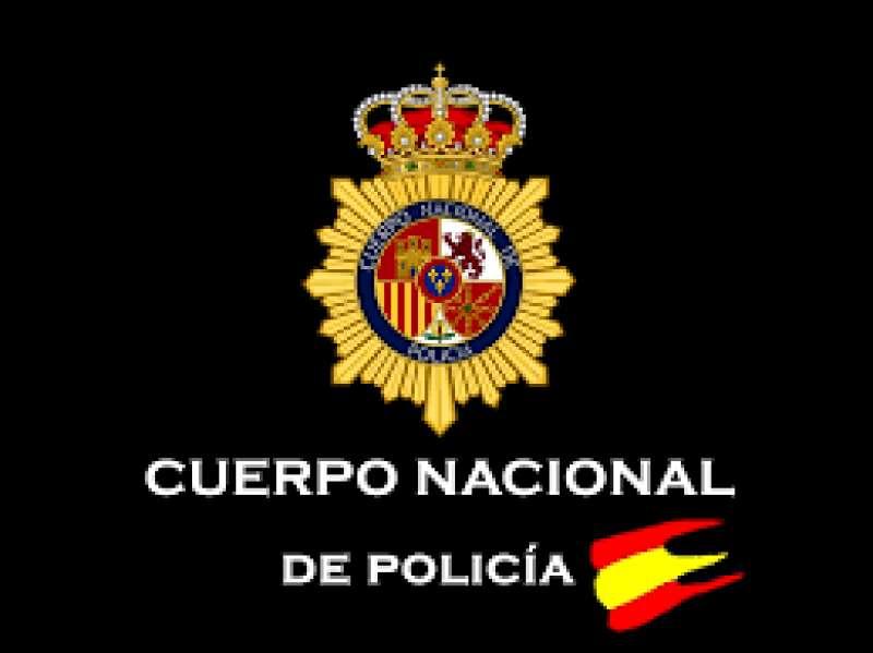 La Policía Nacional detiene a una pareja con pelinas de droga