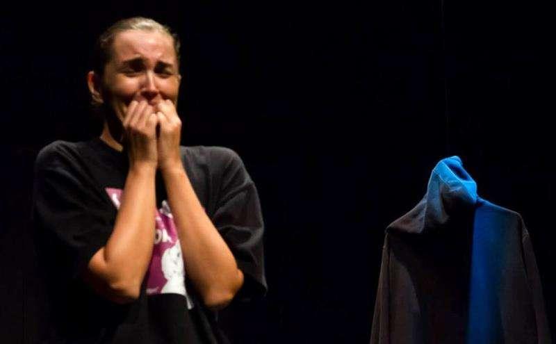Imagen cedida por el Teatro Talia de València del monólogo sobre violencia machista de la actriz Pamela Palenciano. EFE