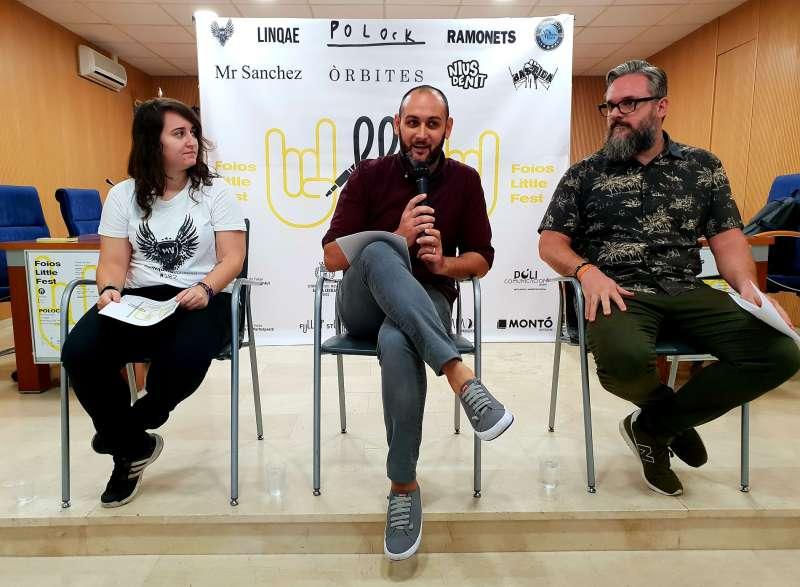 El regidor Àlex Micó intervé en la presentació del festival. EPDA
