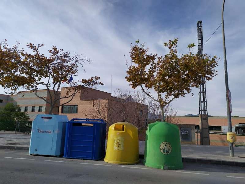 Contenedores de reciclaje/EPDA