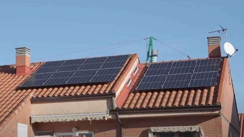 Dos placas solares. EPDA