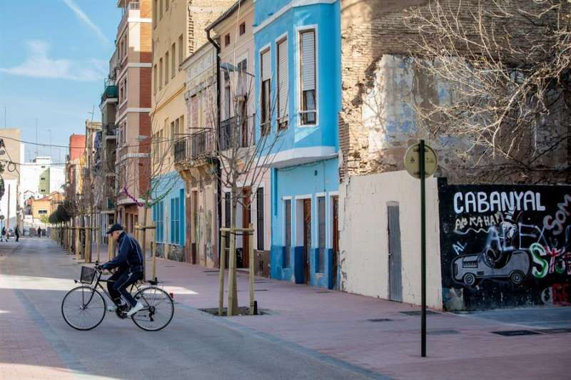 Vista general de viviendas del barrio del Cabanyal. EFE/Biel Aliño/Archivo